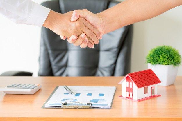 Gastos e impuestos a afrontar en la compra de viviendas entre comprador y vendedor